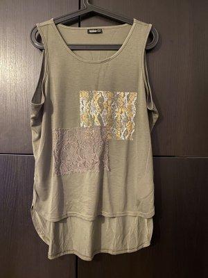 Shirt oliv mit Details