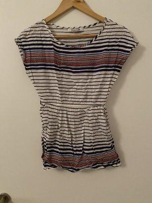 Shirt tailliert und streifenmuster