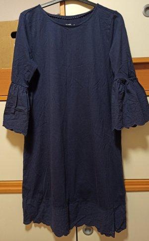 Tschibo Sukienka o kroju koszulki ciemnoniebieski