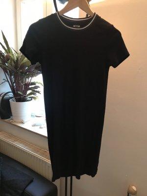 Shirtkleid mit gestreiften Kragen
