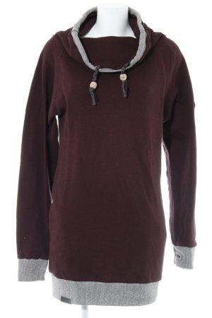 Shisha Long Sweater bordeaux casual look