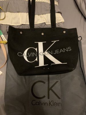 Shopper Calvin Klein