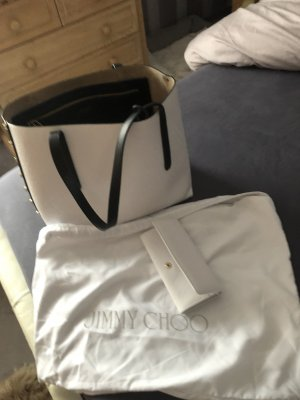 Shopper Jimmy Choo