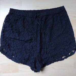 Short Abercrombie & Fitch Hotpan mit Spitze Gr. M
