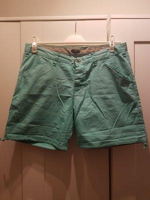 Short / kurze Hose