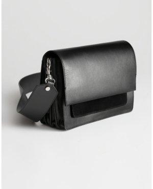& other stories Sac bandoulière noir cuir