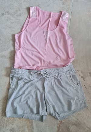 Short & Shirt mit Glitzereinsatz  -Set ....neuwertig