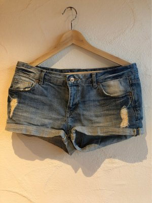 H&M Divided Pantalón corto de tela vaquera azul acero