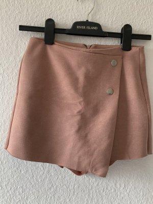 Shorts aussehend wie ein Rock