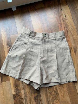 Shorts, Bundfaltenshorts Zara