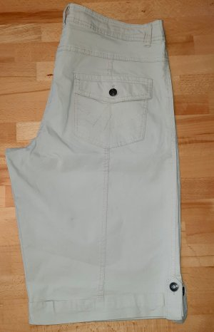 keine Pantalón corto de talle alto beige claro