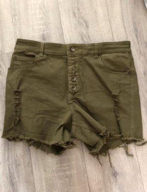 Shorts in Khaki
