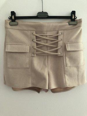 Shorts in Veloursoptik