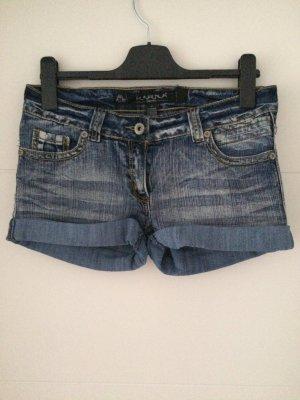 Shorts jeans Gr. M *NEU* Karma Denim