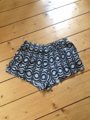 Shorts // Jersey // Azteken-Muster
