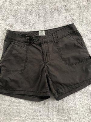 Shorts / khaki / Gr. 38