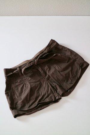 Shorts mit Gürtel Gr. 38 braun Stoffhose Stoff Shorts