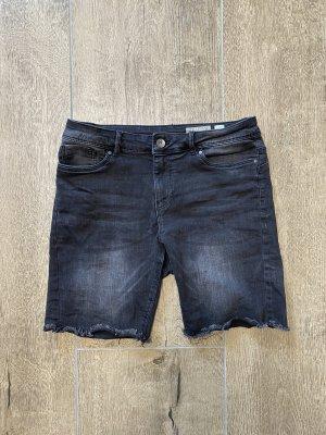 Shorts mit längerem Bein