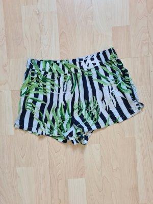 Shorts mit Pflanzen-Print