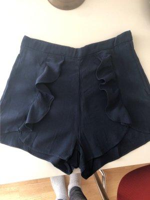 Shorts mit Volants vorne Gr. 36 neu