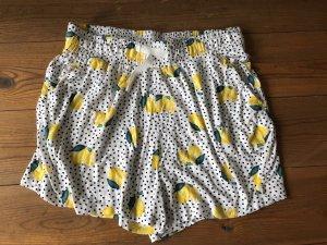 Shorts mit Zitronen