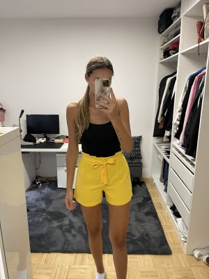 Only Short taille haute jaune