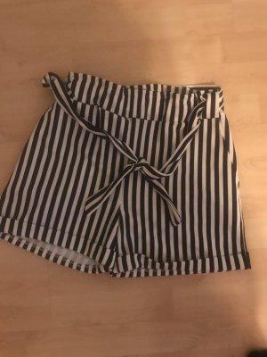 Shorts schwarz weiß gestreift GR. 38