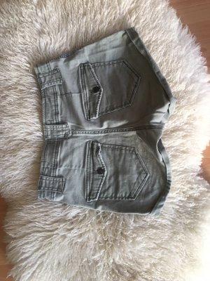 Shorts von A&F