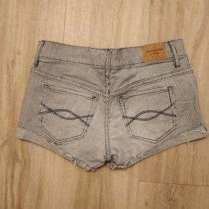 Shorts von Abercrombie und Fitch