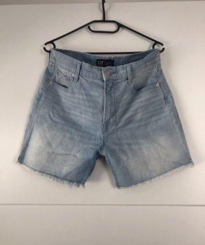 Shorts von GAP