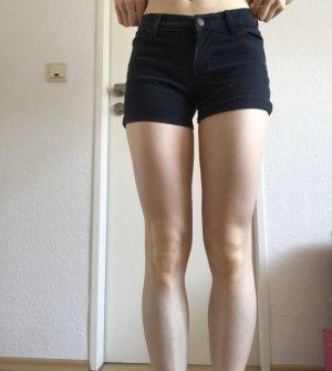 Shorts von Hollister/ WIE NEU!!/ Low Rise MidI Shorts
