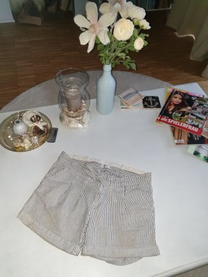 Shorts von Southerland