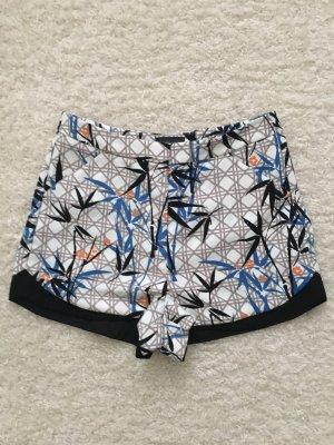 Shorts von Topshop