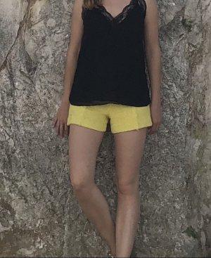 Shorts von Zara in Zitronengelb