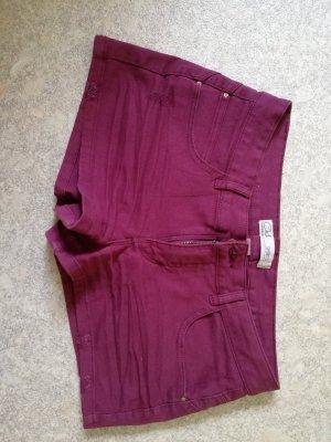 Shorts Weinrot Gr. 38