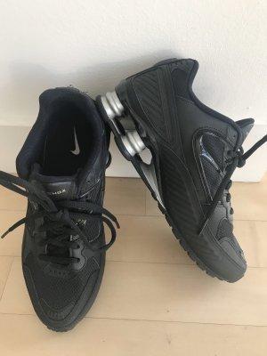 Shox Nike Sneakers 39 schwarz NEU
