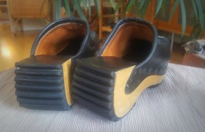 Sandalo con tacco nero Pelle