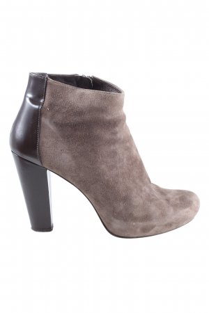 si by sinela Booties