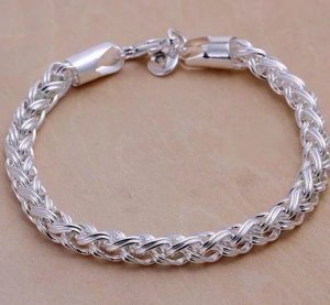 Bracelet en argent blanc