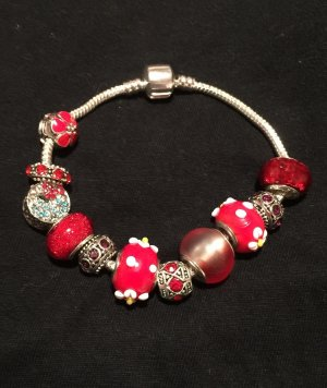 Silber Armband mit Roten Charms