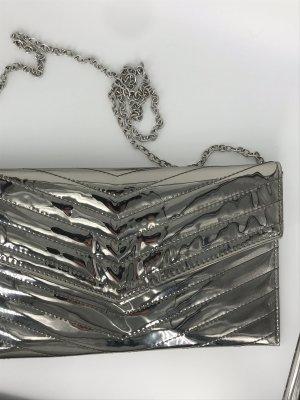 Missguided Bolso folclórico color plata-gris