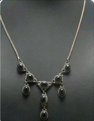 Collar estilo collier negro-color plata