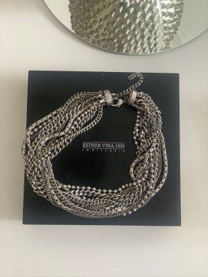 Esther Vina Collar estilo collier color plata-gris claro