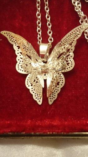 Silber Halskette mit Schmetterling