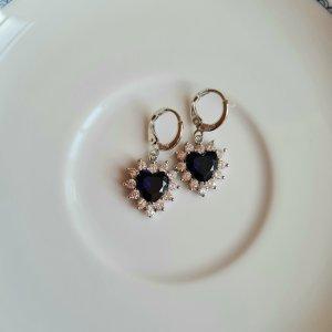 silber Ohrhänger mit blauen Steinchen Herzchen
