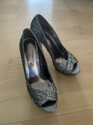 BCBG Peep Toe Pumps silver-colored