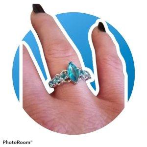 Silber Ring  , 925.er  mit Steinchen  mit Steinchen besetzt