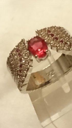 Silber Ring 925 mit rubinrote Steinchen Gr.18