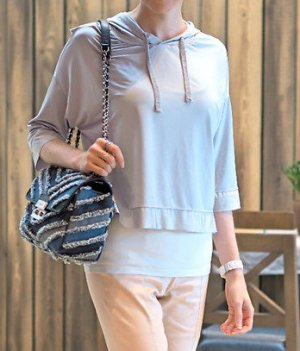 Silberfarbenes Crop Top, mit Kapuze, speziellem Rückendeko, XS/ S, 34, Zara