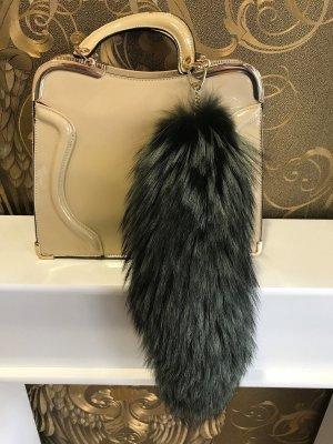 Veil black brown fur